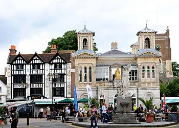 town centre_KINGSTON UPON THAMES